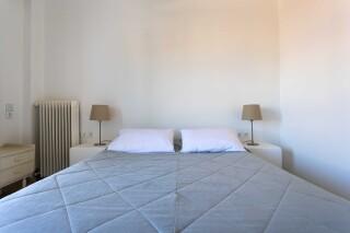 accomodation roumani hotel bed (2)
