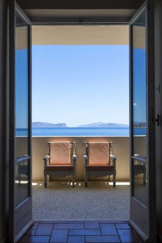 accomodation roumani hotel bedroom balcony