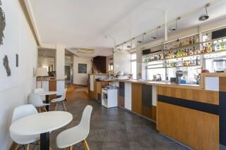 facilities roumani hotel bar