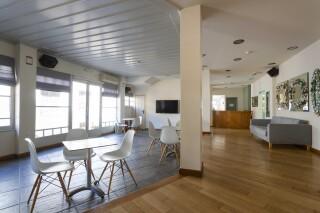 facilities roumani hotel lounge