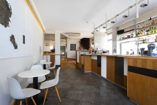 gallery roumani hotel spetses interior